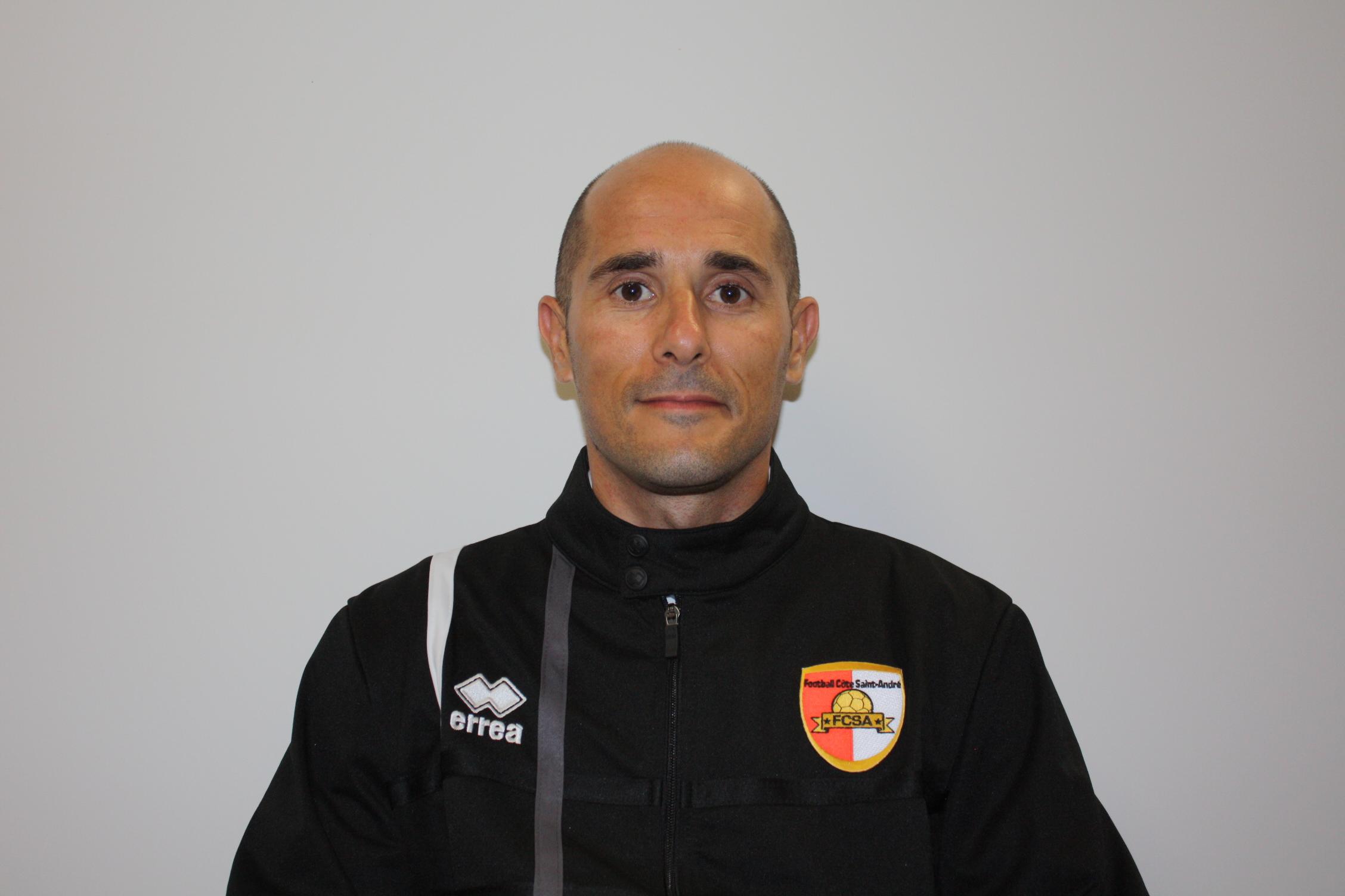 Roberto DelMazo
